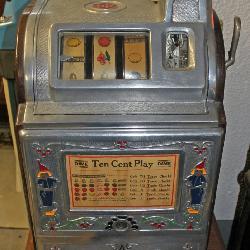 Jennings Dutch Boy / Girl 10 Cent Slot Machine