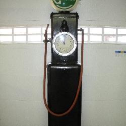 Vintage Martin & Swartz Gas Pump. Model 129A