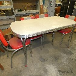 EXC! Vintage Table & Chairs