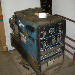 Miller Bobcat 225G Gas Powered Welder