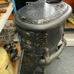 HOWARD CAST IRON POT BELLY STOVE