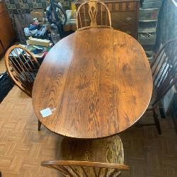 Cushman Colonial Oak Table and Chairs
