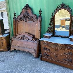 RARE 4 PC VICTORIAN BEDROOM SET