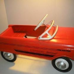 Vintage Murray Wild Cat Sport Crest Pedal Car