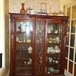 Antique / Vintage China Cabinet