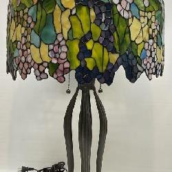 Tiffany Style Wisteria Stained Glass Lamp