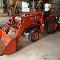 Kubota L2350 4X4 Diesel Tractor