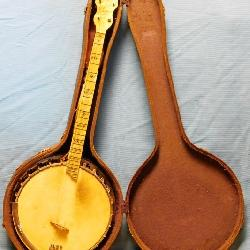 B&D Senorita Tenor Banjo c. 1930