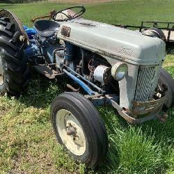 Vintage Ford 8N Tractor, WFE