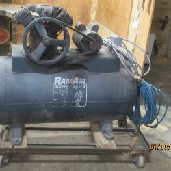 RAM AIR COMPRESSOR ATTACHE TO ROLLING CART  3PHASE POWER