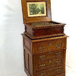 1800's Regina Music Box, Cabinet
