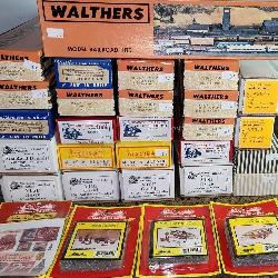 23 ct. Vintage Collection of HO Scale Trains