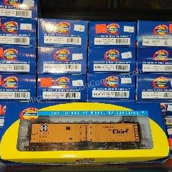 30 ct. Athearn HO Rolling Stock Trains