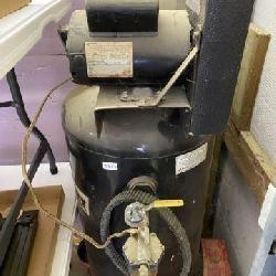 Air Compressor-Black Max