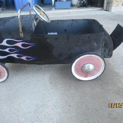 VINTAGE FORD ROADSTER PEDDLE CAR
