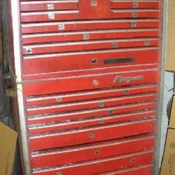 SNAP ON TOOL CHEST 19 Drawer 2 Piece
