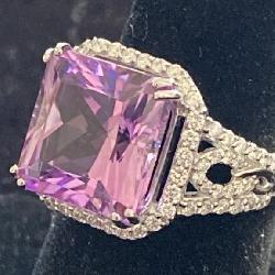18K WHITE GOLD CUSTOM KUNZITE AND DIAMOND RING
