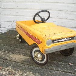 AMF Pacer Pedal Car