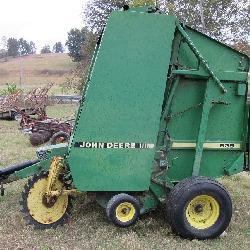 John Deere 535 Hay Baler