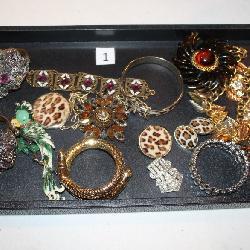 #1 Vintage Costume Jewelry incl. Czechoslovakia & Faux Leopard Fur