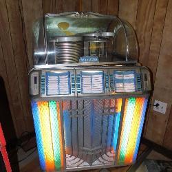 Wurlitzer Vintage Record Player Juke Box 1450 Phonograph Machine with Lights