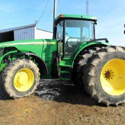 John Deere 8320 Cab Tractor