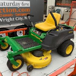 John Deer Zero Turn Mower Z225