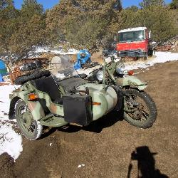 2004 URAL MOTORCYCLE W/ SIDE CAR