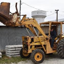 Massey Ferguson Tractor & Loader