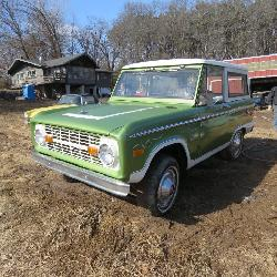 Amazing 1975 Ford Bronco