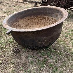 Cast Iron Scalding Pot