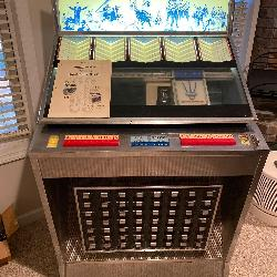 Seeburg High Fidelity Jukebox