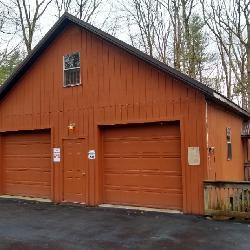 Oversized Garage w/ Loftt and Workshop