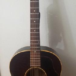1968 Gibson B25 Guitar