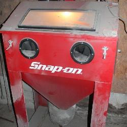 Snap-On Blast Cabinet