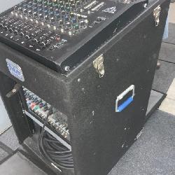 Mixer w/amp rack