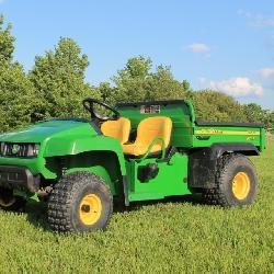 2011 John Deere Gator TS 4x2 - 520 hrs