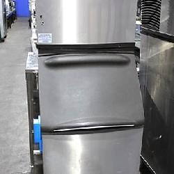 Manitowoc Self-Contained Ice Machines