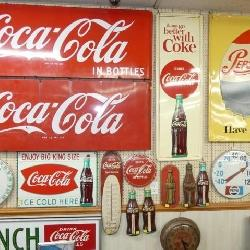 GROUP PICTURE SODA ADVERTISING