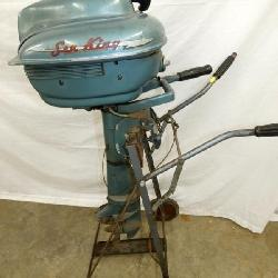 SEA KING 1950'S ORIGINAL BOAT MOTOR WITH STAND