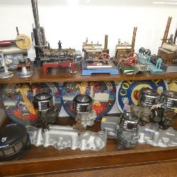 COLLECTION STEAM ENGINE TOYS