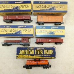AMERICAN FLYER TRAINS W/ BOXES