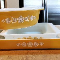 RARE Butterfly gold vintage Pyrex