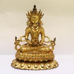 Chinese gilt bronze sculpture of deity
