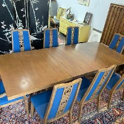 Kroehler Walnut Dining Set With 8 Chairs.