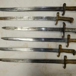COLLECTION EARLY WAR TIME BAYONETS